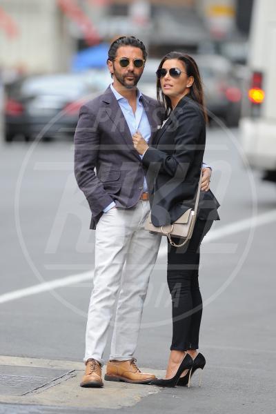 José Antonio Baston, Eva Longoria - New York - 26-04-2015 - Eva Longoria incinta: diventerà mamma per la prima volta