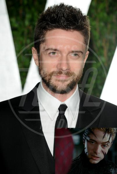 Topher Grace - West Hollywood - 26-02-2012 -