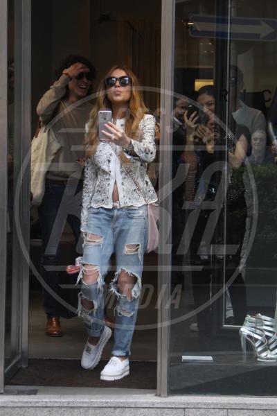 Lindsay Lohan - Milano - 29-04-2015 - Ecco le celebrity che fanno uno strappo alla regola… dei jeans