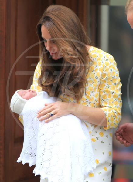 Principessa Charlotte Elizabeth Diana, Catherine, Principe William, Kate Middleton - Londra - 02-05-2015 - William e Kate mostrano al mondo la #RoyalBaby
