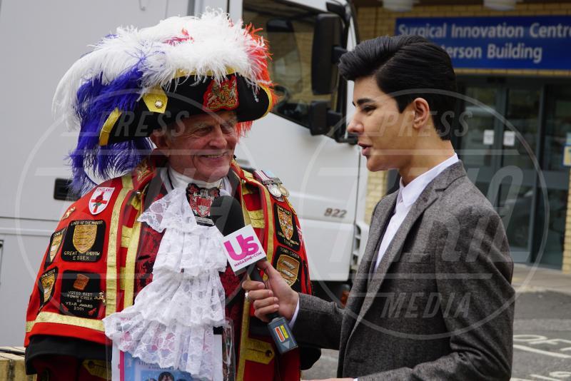 Araldo - Londra - 02-05-2015 - William e Kate mostrano al mondo la #RoyalBaby