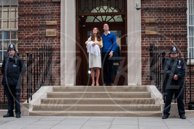 Prince William, Princess, Principe William, Kate Middleton - Londra - 02-05-2015 - William e Kate mostrano al mondo la #RoyalBaby