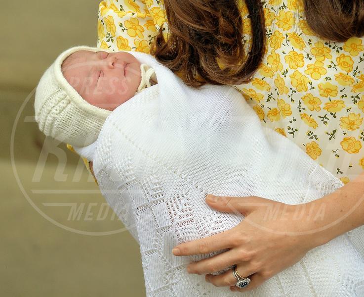 Principessa Charlotte Elizabeth Diana - Londra - 02-05-2015 - William e Kate mostrano al mondo la #RoyalBaby