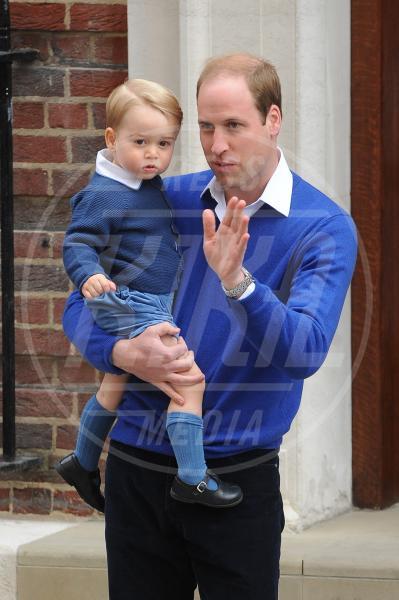 Principe George, Principe William - Paddington - 03-05-2015 - William e Kate mostrano al mondo la #RoyalBaby