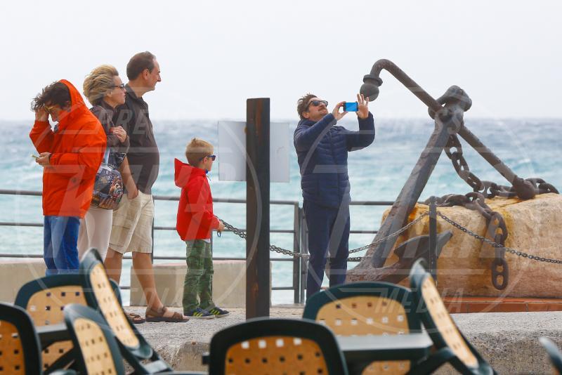 Emanuele Poretti, Giacomo Poretti - Varigotti - 01-05-2015 - Giacomo Poretti e i selfie con la sua famiglia non Ogm