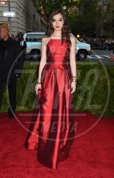 Hailee Steinfeld - New York - 04-05-2015 - Met Gala 2015: il red carpet più glamour dell'anno