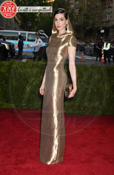 Anne Hathaway - New York - 04-05-2015 - Met Gala 2015: il red carpet più glamour dell'anno