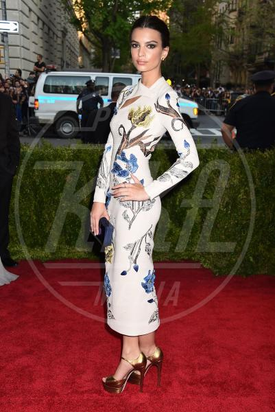 Emily Ratajkowski - New York - 04-05-2015 - Met Gala 2015: il red carpet più glamour dell'anno