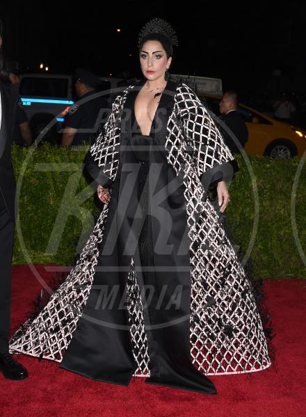 Lady Gaga - New York - 04-05-2015 - Met Gala 2015: il red carpet più glamour dell'anno