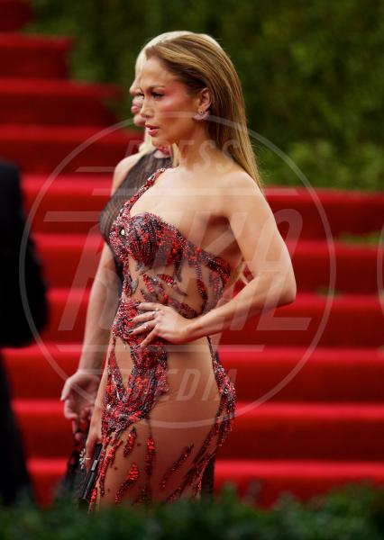 Jennifer Lopez - New York - 04-05-2015 - Met Gala 2015: il red carpet più glamour dell'anno