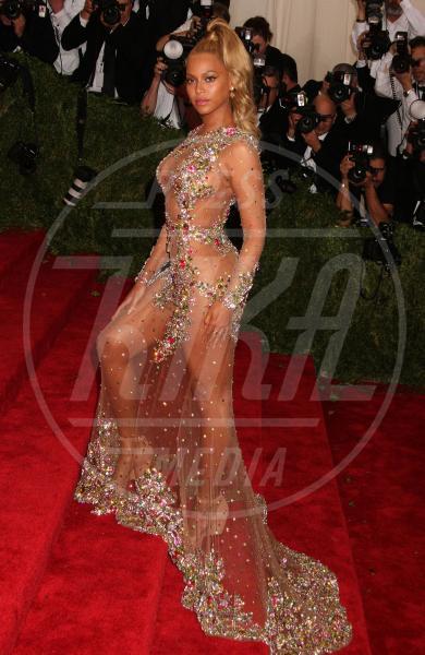 Beyonce Knowles - New York - 04-05-2015 - Sotto il vestito niente? Giudicate voi