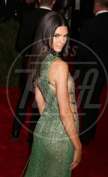 Kendall Jenner - New York - 04-05-2015 - Met Gala 2015: Vade retro abito! Le star scelgono il nude look
