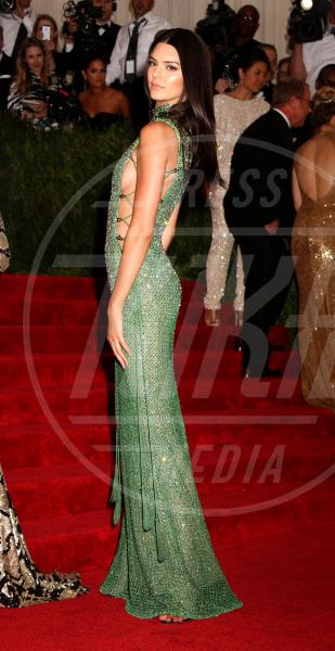 Kendall Jenner - New York - 04-05-2015 - Chiara Ferragni, The blonde salad goes to... sideboob!