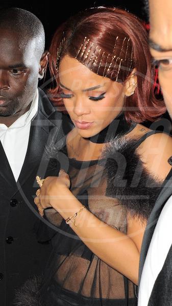 Rihanna - New York - 04-05-2015 - Rihanna & Co.: quando le star vanno fuori di seno