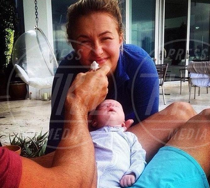 Kaya Edovka Klitschko, Hayden Panettiere - Los Angeles - 10-05-2015 - Star come noi: neo mamme un po'...sciatte? Evviva la normalità!
