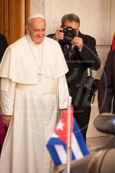 Papa Francesco - Città del Vaticano - 10-05-2015 - Papa Francesco apre le porte del Vaticano a Raul Castro