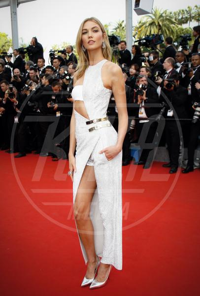 Karlie Kloss - Cannes - 14-05-2015 - In primavera ed estate, le celebrity vanno in bianco!