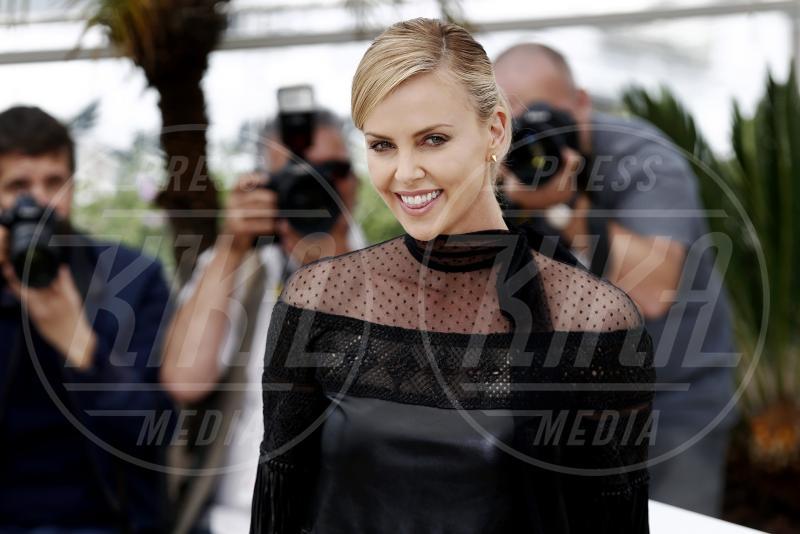 Charlize Theron - Cannes - 14-05-2015 - Netflix prepara una serie sul romanzo Girlboss di Sophia Amoruso