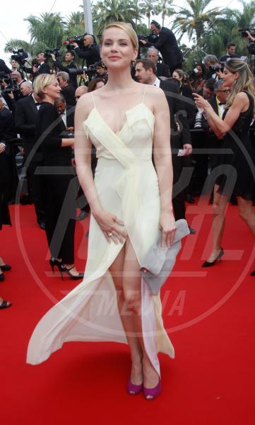 Andrea Osvart - Cannes - 14-05-2015 - Cannes 2017: vi ricordate lo spacco di Bella Hadid?