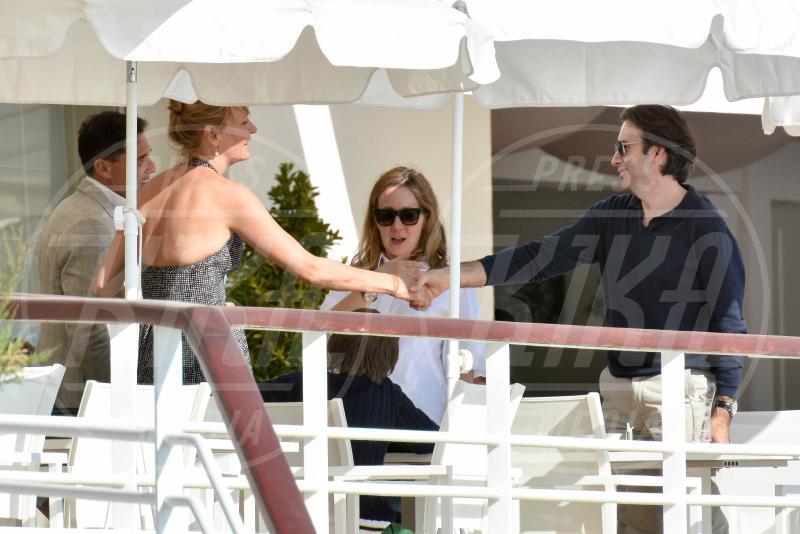 Uma Thurman - Cannes - 16-05-2015 - Cannes 2015: Uma Thurman arriva in barca insieme ad André Balazs