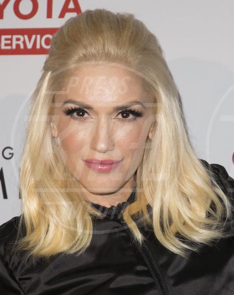 Gwen Stefani - Los Angeles - 17-05-2015 - Specchio delle mie brame,ho le sopracciglia più belle del reame?