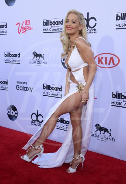 Rita Ora - Los Angeles - 17-05-2015 - Rita Ora l'Atomica: anche ai Grammy, lo spacco è la sua firma!