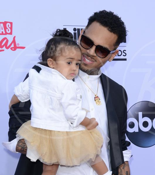 Royalty Brown, Chris Brown - Los Angeles - 17-05-2015 - 19 marzo, festa del papà o festa dei DILF?