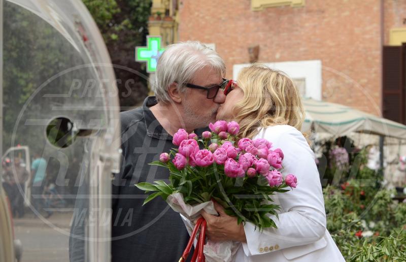 Simona Izzo, Ricky Tognazzi - Roma - 20-05-2015 - Simona Izzo & Ricky Tognazzi, vent'anni d'amore al bacio