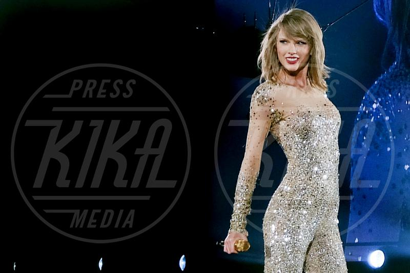Taylor Swift - Bossier City - 05-05-2015 - Taylor Swift testimonia al processo: