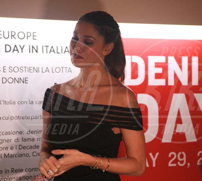 Belen Rodriguez - Milano - 21-05-2015 - Orge in canonica, l'assistente di Belen Rodriguez coinvolto