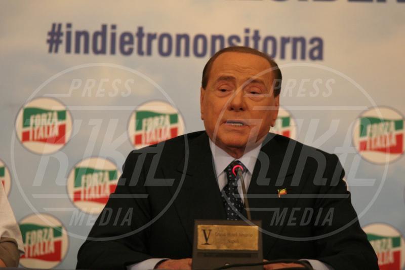 Silvio Berlusconi - Napoli - 22-05-2014 - Paura per Berlusconi, caduto a Portofino: dimesso dopo la sutura