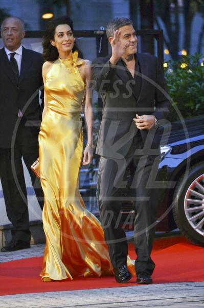 Amal Alamuddin, George Clooney - Tokyo - 25-05-2015 - Amal Clooney si è lasciata il sorriso alle spalle...