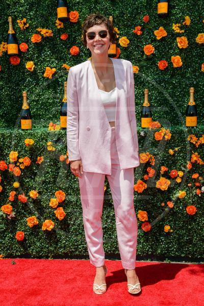 Maggie Gyllenhaal - JERSEY CITY - 30-05-2015 - Le celebrity? Tutte romantiche belle in rosa!