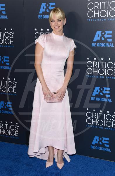 Anna Faris - Beverly Hills - 31-05-2015 - Le celebrity? Tutte romantiche belle in rosa!