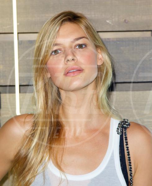Kelly Rohrbach - New York - 17-06-2014 - Kelly Rohrbach: un'altra bionda per Leonardo DiCaprio