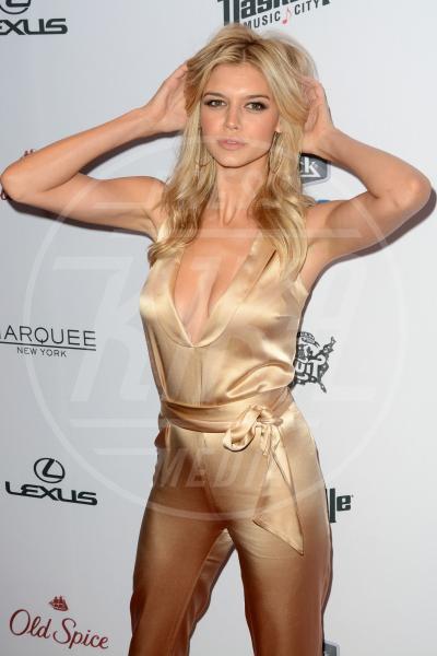 Kelly Rohrbach - New York - 10-02-2015 - Kelly Rohrbach: un'altra bionda per Leonardo DiCaprio