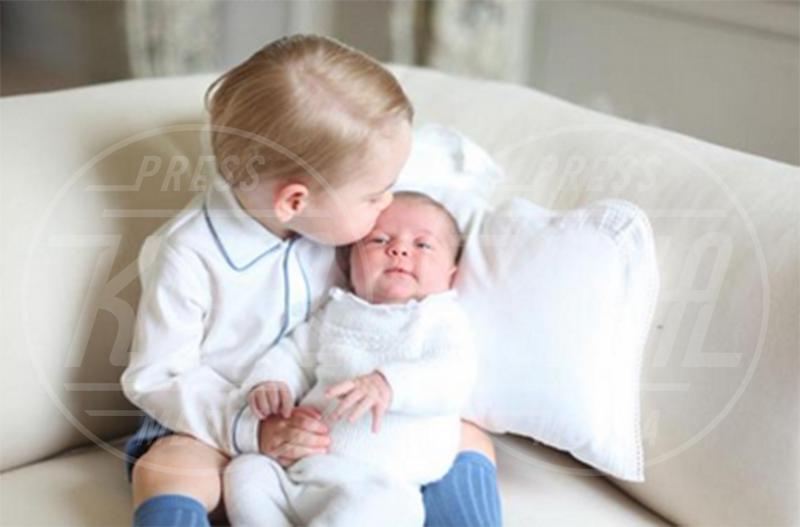 Principessa Charlotte Elizabeth Diana, Principe George - Londra - 07-06-2015 - George e Charlotte tra paggetti e damigelle: le foto più belle