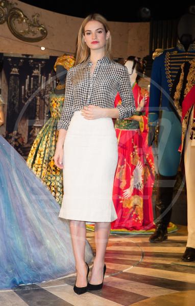 Lily James - Londra - 20-03-2015 - Fashion revival: dagli anni '60 tornano i quadretti Vichy