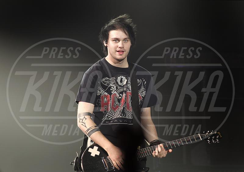 Michael Clifford, 5 Seconds of Summer - Liverpool - 10-06-2015 - Mtv Video Music Awards 2015: i vincitori