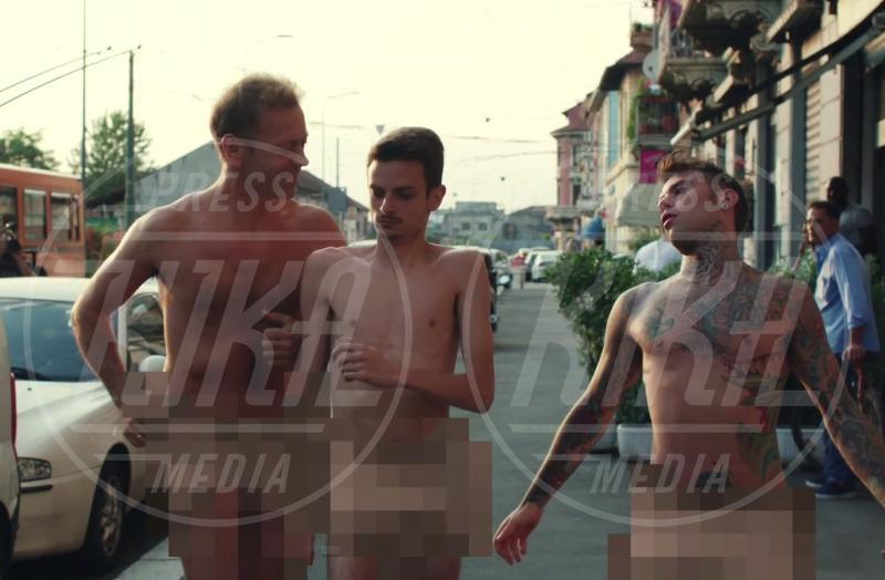 Fedez, Rocco Siffredi - 15-06-2015 - Rocco Siffredi, Salvini e Brumotti nel nuovo video di Fedez