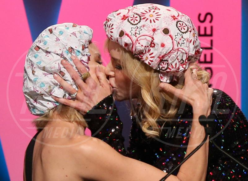 Naomi Watts, Nicole Kidman - Los Angeles - 17-06-2015 - Sanremo 2019, bacio a fior di labbra per Vanoni e Patty Pravo
