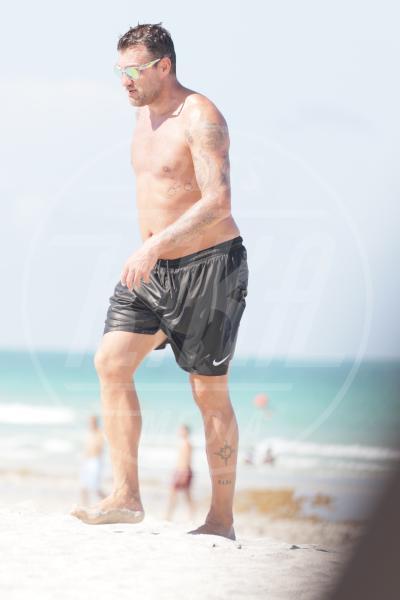 Christian Vieri - Miami Beach - 17-06-2015 - Bobo Vieri perde a footvolley e non la prende bene