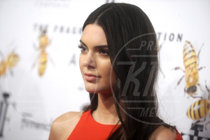 Kendall Jenner - New York - 17-06-2015 - Kendall Jenner nuda su Instagram, ma c'è il trucco!
