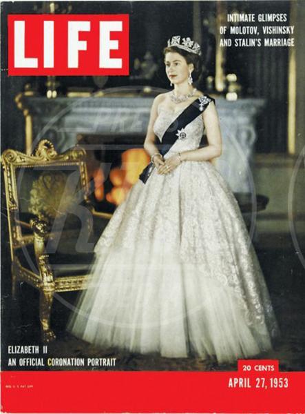 Copertina Life, Incoronazione, Regina Elisabetta II - 23-06-2015 - Dio salvi la regina: Elisabetta II compie 63 anni di regno