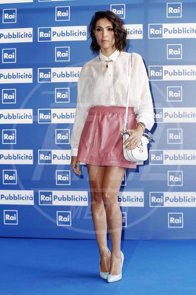 Caterina Balivo - Milano - 23-06-2015 - Le celebrity? Tutte romantiche belle in rosa!