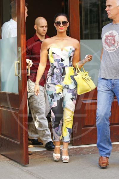 Demi Lovato - New York - 25-06-2015 - La tuta glam-chic conquista le celebrity