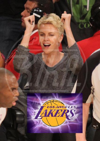 Charlize Theron - Los Angeles - 14-04-2013 - Quando il tifo lo fanno le celebrity