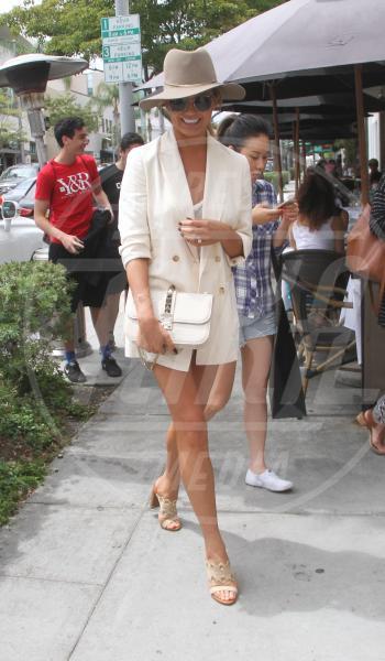 Chrissy Teigen - Los Angeles - 01-07-2015 - Le gambe più sexy? Giudicatele voi...