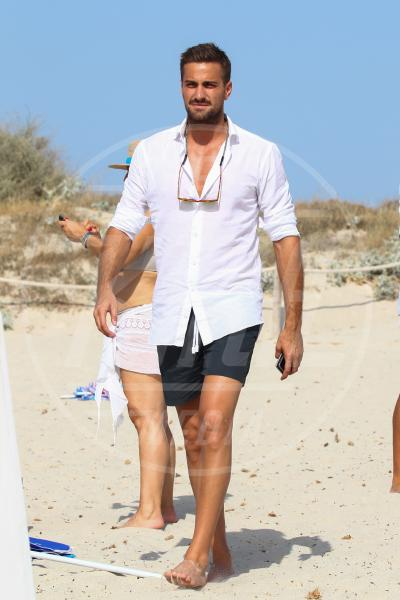 fabio borriello - Formentera - 05-07-2015 - Emma, Fabio e Alvaro: il triangolo no?
