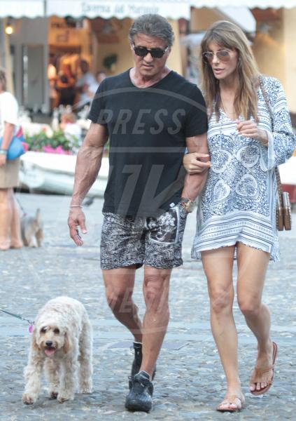 Jennifer Flavin, Sylvester Stallone - Portofino - 13-02-2042 - Sylvester Stallone, beato tra le (sue) donne a Portofino